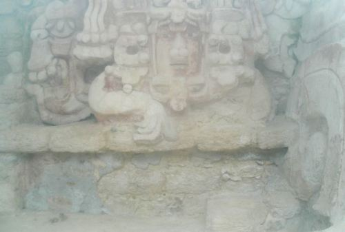 Recently discovered Mayan fresco behind glass - Becan Ruins © Susanna Starr